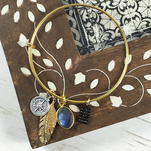 Brave Lotus Wandering Spirit Bangle