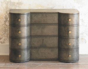 Julian Chichester Balthazar Chest