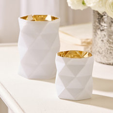 Tozai White Diamond Cut Candleholder