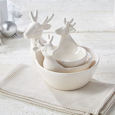 Twos Company Nested White Deer Bowls - set of 3