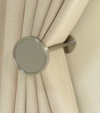Walcot House Stainless Steel Disc Holdback in Pebble Faux Leather